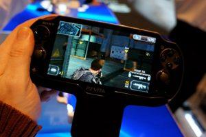 В GameStop  появились демо-версии PS Vita